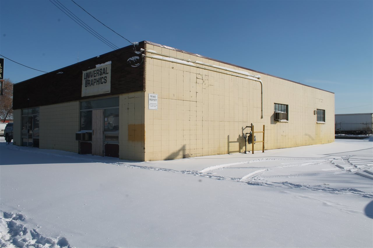 Main Photo: 12215 12217 149 Street: Edmonton Industrial for lease : MLS(r) # E4054007