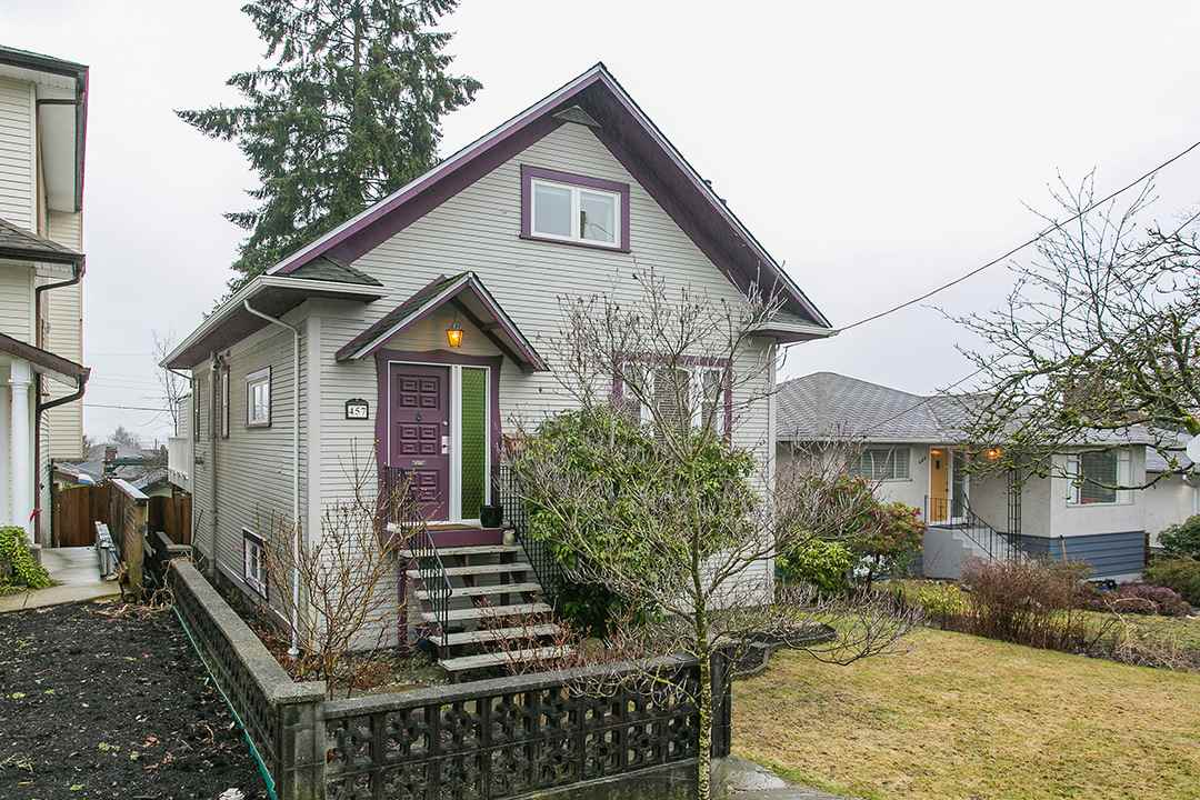 Photo 15: 457 E 11TH Street in North Vancouver: Central Lonsdale House for sale : MLS(r) # R2146302