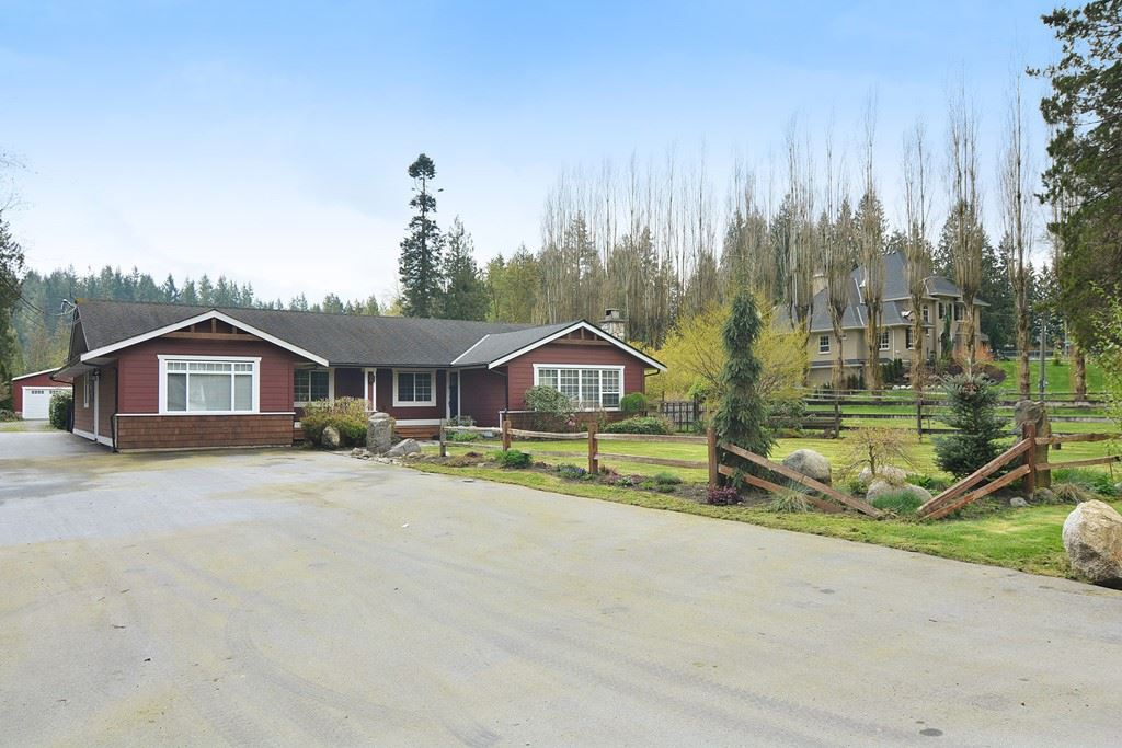 "Main Photo: 24140 63 Avenue in Langley: Salmon River House for sale in ""SALMON RIVER"" : MLS®# R2157215"