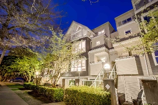 "Main Photo: 758 W 15TH Avenue in Vancouver: Fairview VW Townhouse for sale in ""Sixteen Willows"" (Vancouver West)  : MLS® # R2170296"