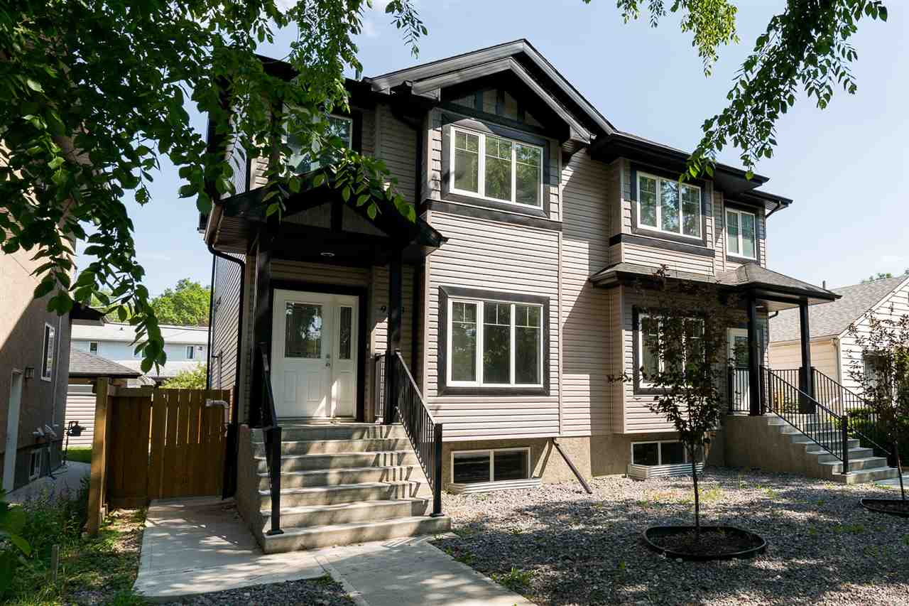 Main Photo: 9213 92 Street NW in Edmonton: Zone 18 House Half Duplex for sale : MLS® # E4074117