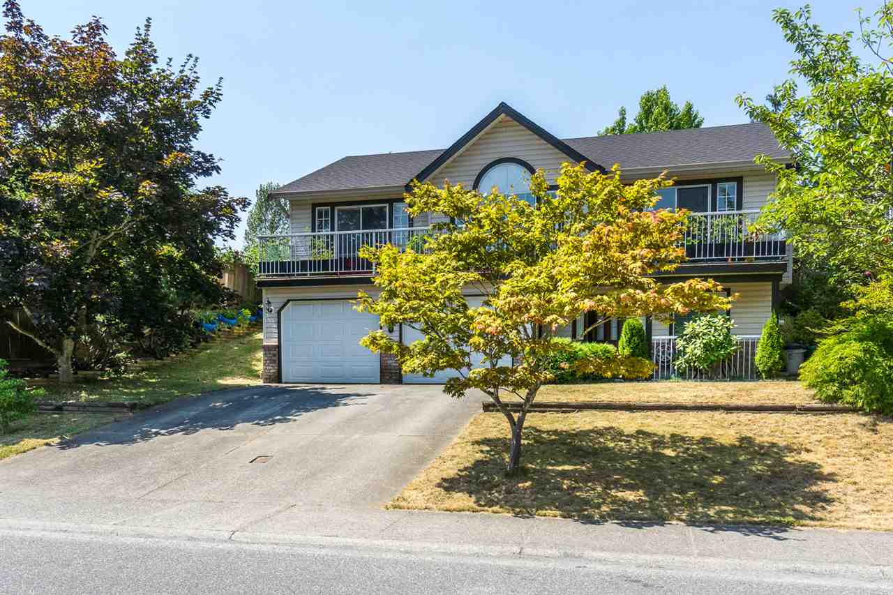 "Photo 1: 2629 MCADAM Road in Abbotsford: Abbotsford East House for sale in ""McMillan"" : MLS® # R2188890"