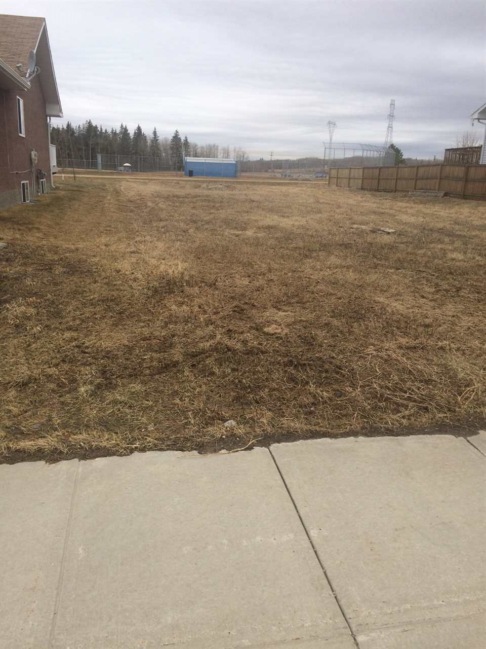 Main Photo: 5624 52A Street: Wabamun Vacant Lot for sale : MLS® # E4079304
