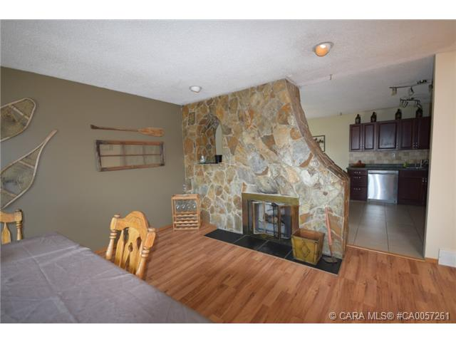 Main Photo: 4 Goard Close in Red Deer: RR Glendale Park Estates Residential for sale : MLS® # CA0057261