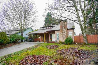 Main Photo: 18091 61 Avenue in Surrey: Cloverdale BC House for sale (Cloverdale)  : MLS® # R2230463
