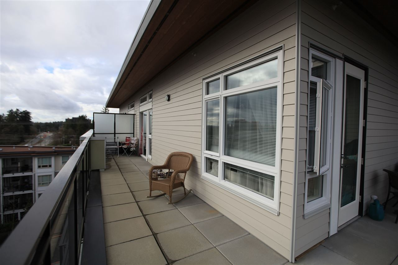 "Photo 14: Photos: 404 13919 FRASER Highway in Surrey: Whalley Condo for sale in ""MAXX AT VERVE"" (North Surrey)  : MLS® # R2237698"