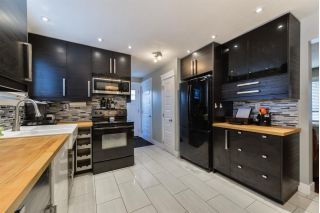 Main Photo:  in Edmonton: Zone 02 House Half Duplex for sale : MLS® # E4100149