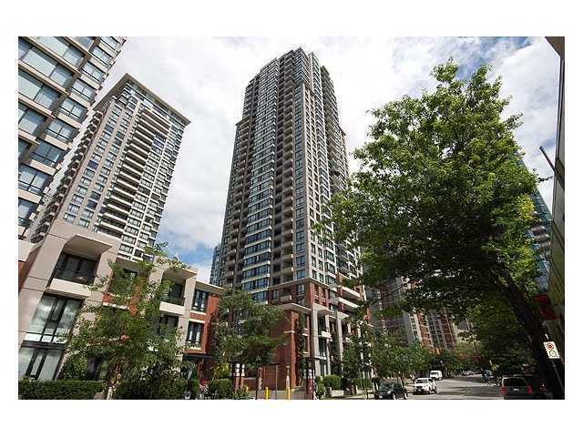 "Main Photo: 2403 909 MAINLAND Street in Vancouver: Downtown VW Condo for sale in ""YALETOWN PARK II"" (Vancouver West)  : MLS® # V869631"