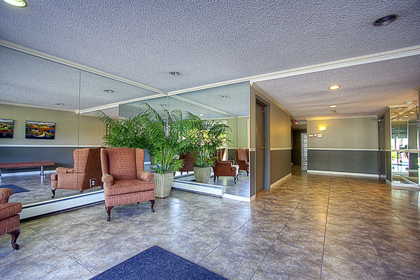 "Photo 15: 209 3411 SPRINGFIELD Drive in Richmond: Steveston North Condo for sale in ""BAYSIDE COURT"" : MLS(r) # V908427"