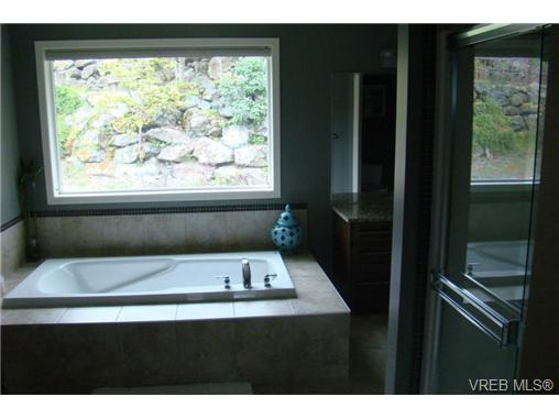 Photo 9: 2519 Martin Ridge in VICTORIA: La Florence Lake Residential for sale (Langford)  : MLS® # 324201