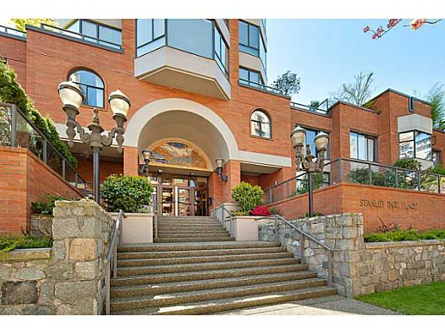 "Main Photo: 302 1860 ROBSON Street in Vancouver: West End VW Condo for sale in ""Stanley Park Place"" (Vancouver West)  : MLS® # V1035795"
