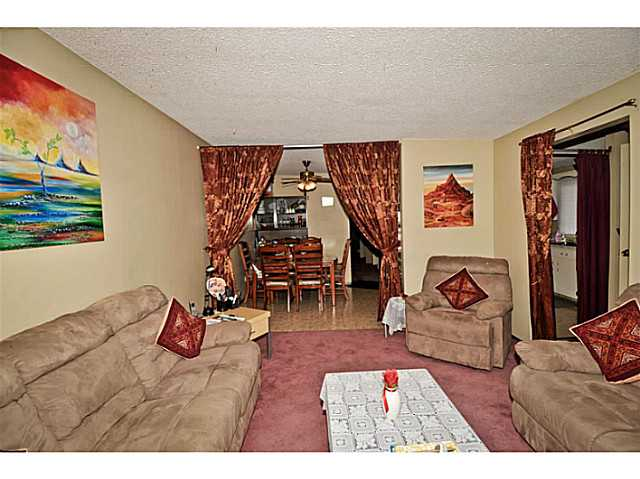 Photo 5: 5221 MARBANK Drive NE in CALGARY: Marlborough Residential Attached for sale (Calgary)  : MLS® # C3617329