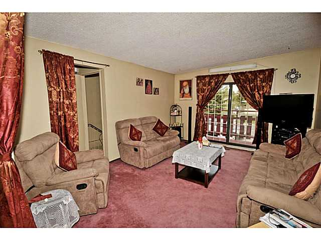 Photo 2: 5221 MARBANK Drive NE in CALGARY: Marlborough Residential Attached for sale (Calgary)  : MLS® # C3617329