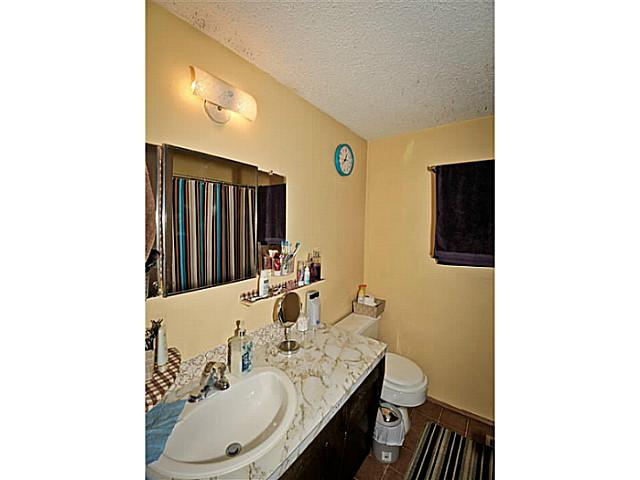 Photo 12: 5221 MARBANK Drive NE in CALGARY: Marlborough Residential Attached for sale (Calgary)  : MLS® # C3617329