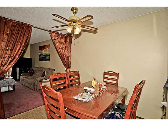 Photo 13: 5221 MARBANK Drive NE in CALGARY: Marlborough Residential Attached for sale (Calgary)  : MLS® # C3617329