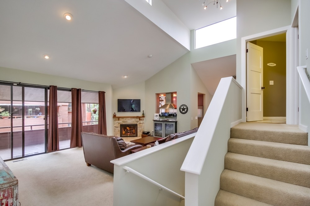 Photo 5: MISSION HILLS House for sale : 4 bedrooms : 3805 DOVE STREET in San Diego