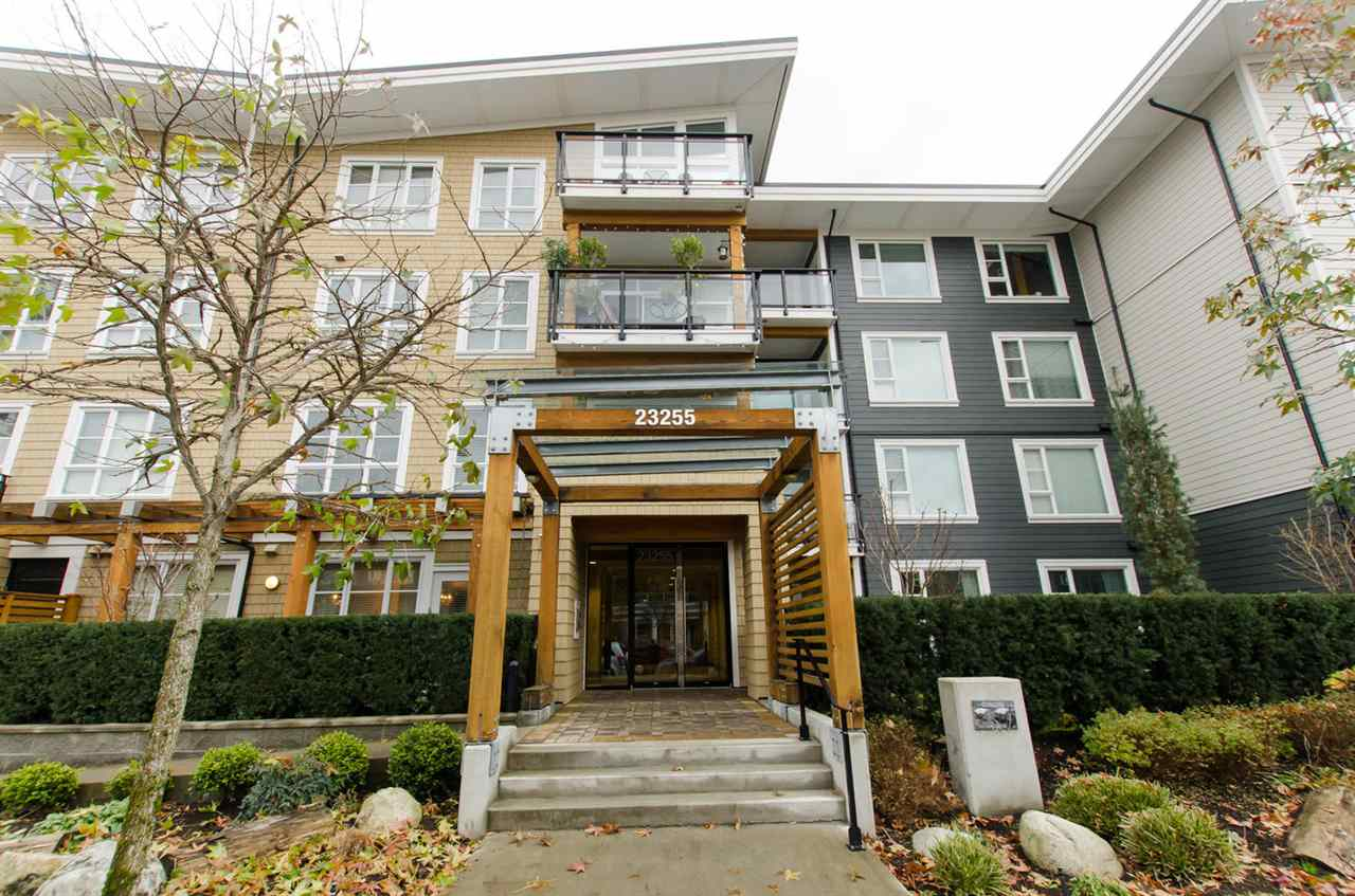 "Main Photo: 311 23255 BILLY BROWN Road in Langley: Fort Langley Condo for sale in ""THE VILLAGE AT BEDFORD LANDING"" : MLS®# R2024822"