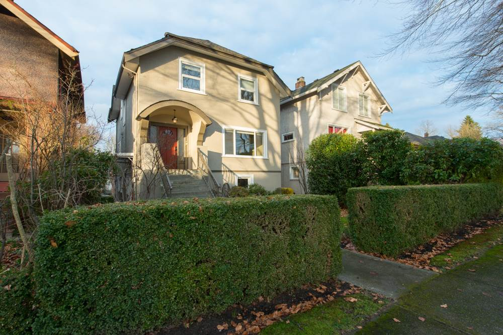 Main Photo: 2779 W 13TH Avenue in Vancouver: Kitsilano House for sale (Vancouver West)  : MLS® # R2032023