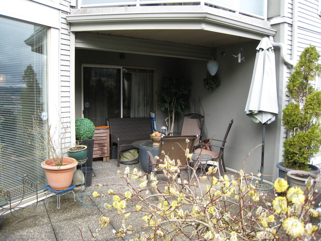 "Photo 15: 105 68 RICHMOND Street in New Westminster: Fraserview NW Condo for sale in ""GATEHOUSE PLACE"" : MLS(r) # R2046449"