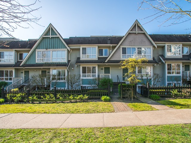 Main Photo: 6788 BERESFORD Street in Burnaby: Highgate Townhouse for sale (Burnaby South)  : MLS® # R2053840