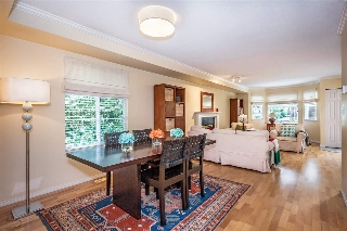 Main Photo: 9 245 E 5TH Street in North Vancouver: Lower Lonsdale Townhouse for sale : MLS®# R2077821
