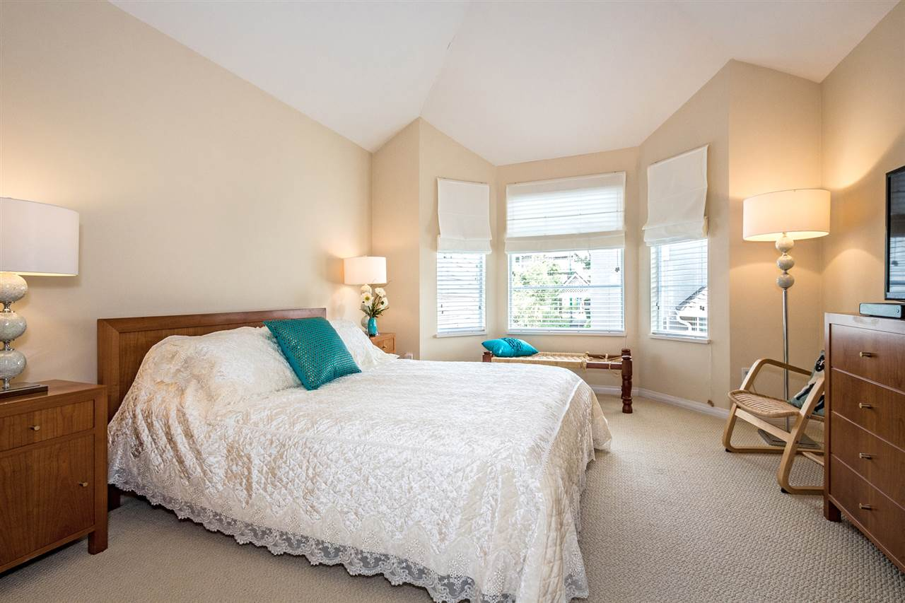 Photo 11: Photos: 9 245 E 5TH Street in North Vancouver: Lower Lonsdale Townhouse for sale : MLS®# R2077821
