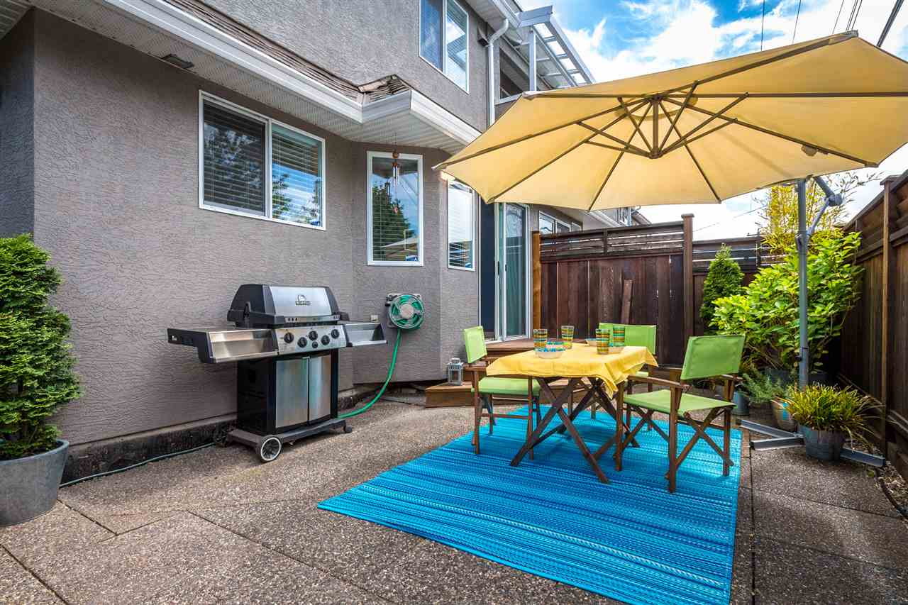 Photo 15: Photos: 9 245 E 5TH Street in North Vancouver: Lower Lonsdale Townhouse for sale : MLS®# R2077821