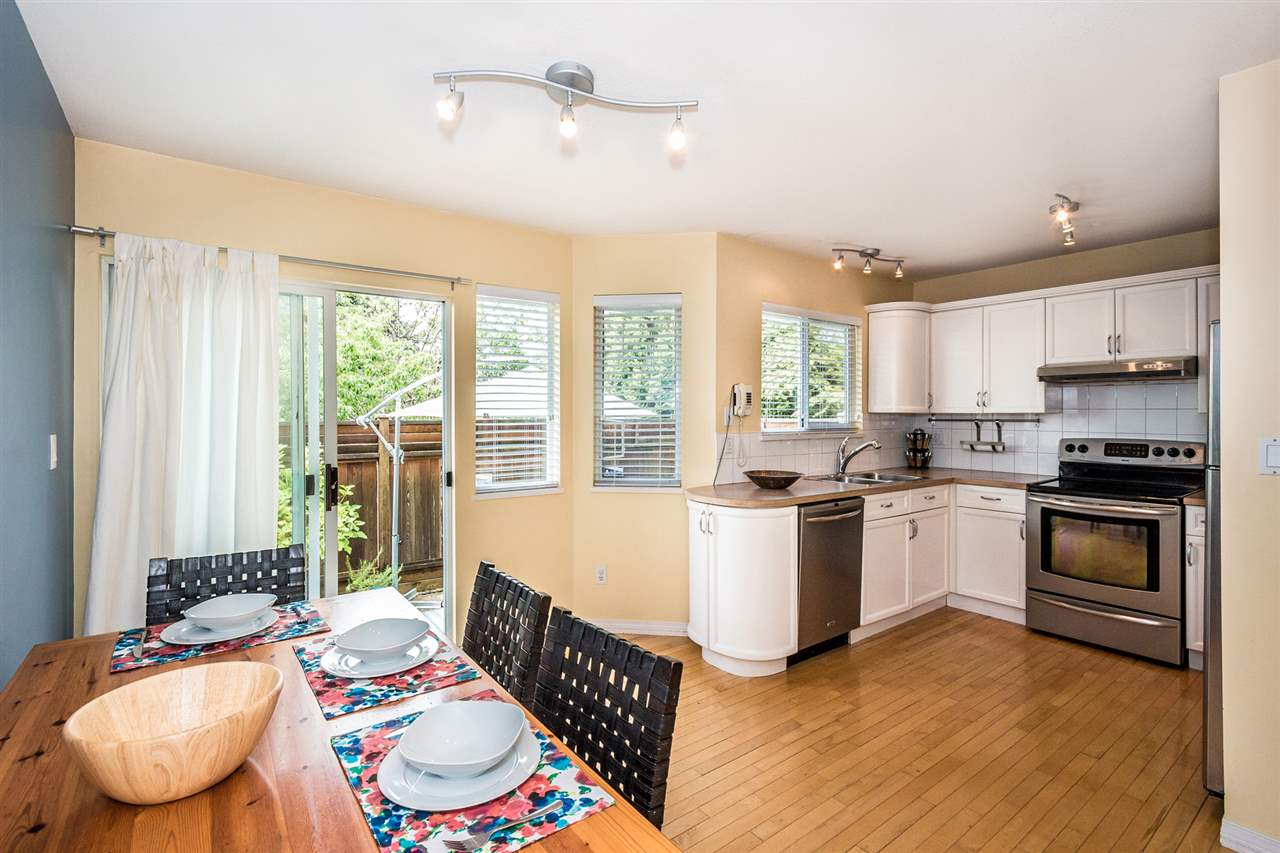 Photo 6: Photos: 9 245 E 5TH Street in North Vancouver: Lower Lonsdale Townhouse for sale : MLS®# R2077821