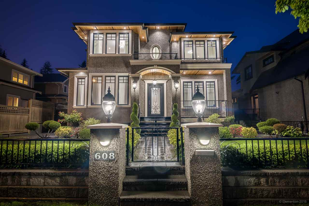 "Main Photo: 608 LINTON Street in Coquitlam: Central Coquitlam House for sale in ""CENTRAL COQUITLAM"" : MLS®# R2088010"