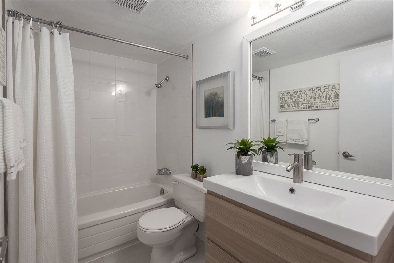 "Photo 12: 304 998 W 19TH Avenue in Vancouver: Cambie Condo for sale in ""Southgate Place"" (Vancouver West)  : MLS(r) # R2129820"