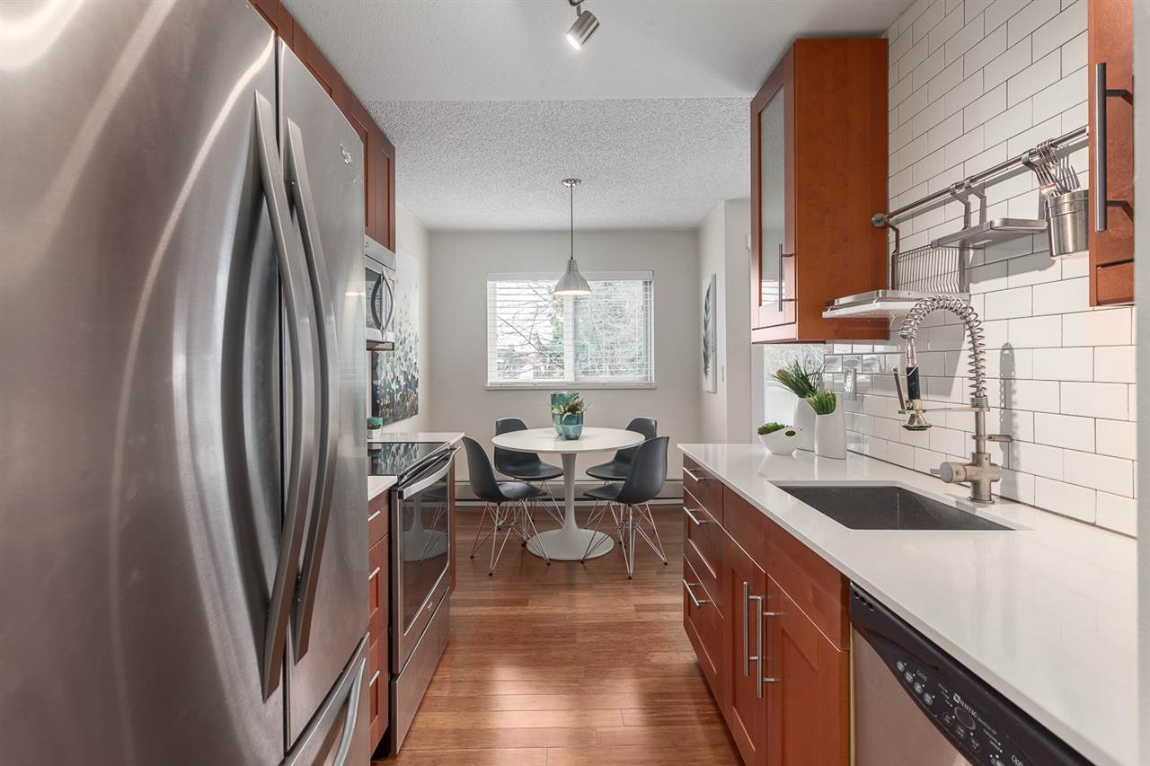 "Photo 3: 304 998 W 19TH Avenue in Vancouver: Cambie Condo for sale in ""Southgate Place"" (Vancouver West)  : MLS(r) # R2129820"