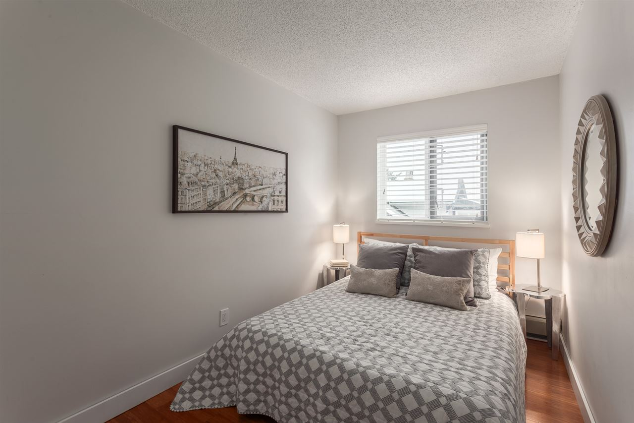 "Photo 10: 304 998 W 19TH Avenue in Vancouver: Cambie Condo for sale in ""Southgate Place"" (Vancouver West)  : MLS(r) # R2129820"