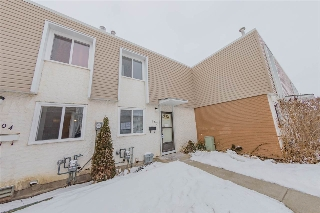 Main Photo: 103 CORNELL Court in Edmonton: Zone 02 Townhouse for sale : MLS(r) # E4052968