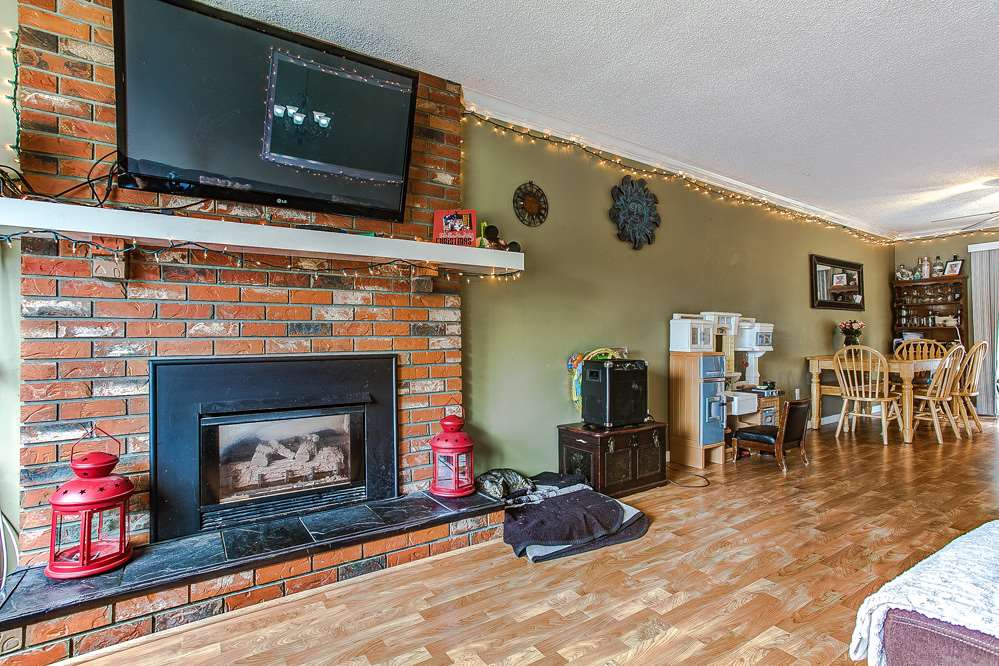 Photo 7: 20914 ROSEWOOD Place in Maple Ridge: Southwest Maple Ridge House for sale : MLS® # R2150995
