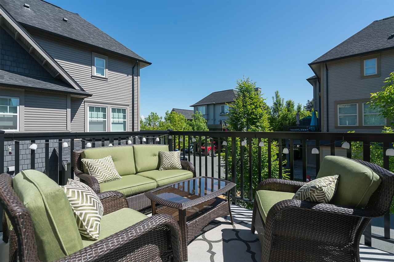 "Photo 17: 8 6450 187 Street in Surrey: Cloverdale BC Townhouse for sale in ""Hillcrest"" (Cloverdale)  : MLS® # R2169832"