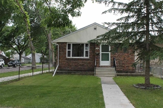Main Photo: 12302 105 Street in Edmonton: Zone 08 House for sale : MLS(r) # E4068902