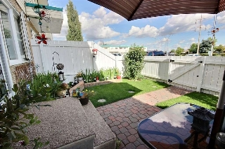 Main Photo: 101 16348 109 Street in Edmonton: Zone 27 Townhouse for sale : MLS(r) # E4069042