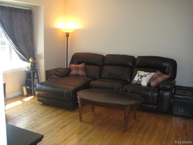 Photo 2: 611 Guilbault Street in Winnipeg: Norwood Residential for sale (2B)  : MLS(r) # 1715631