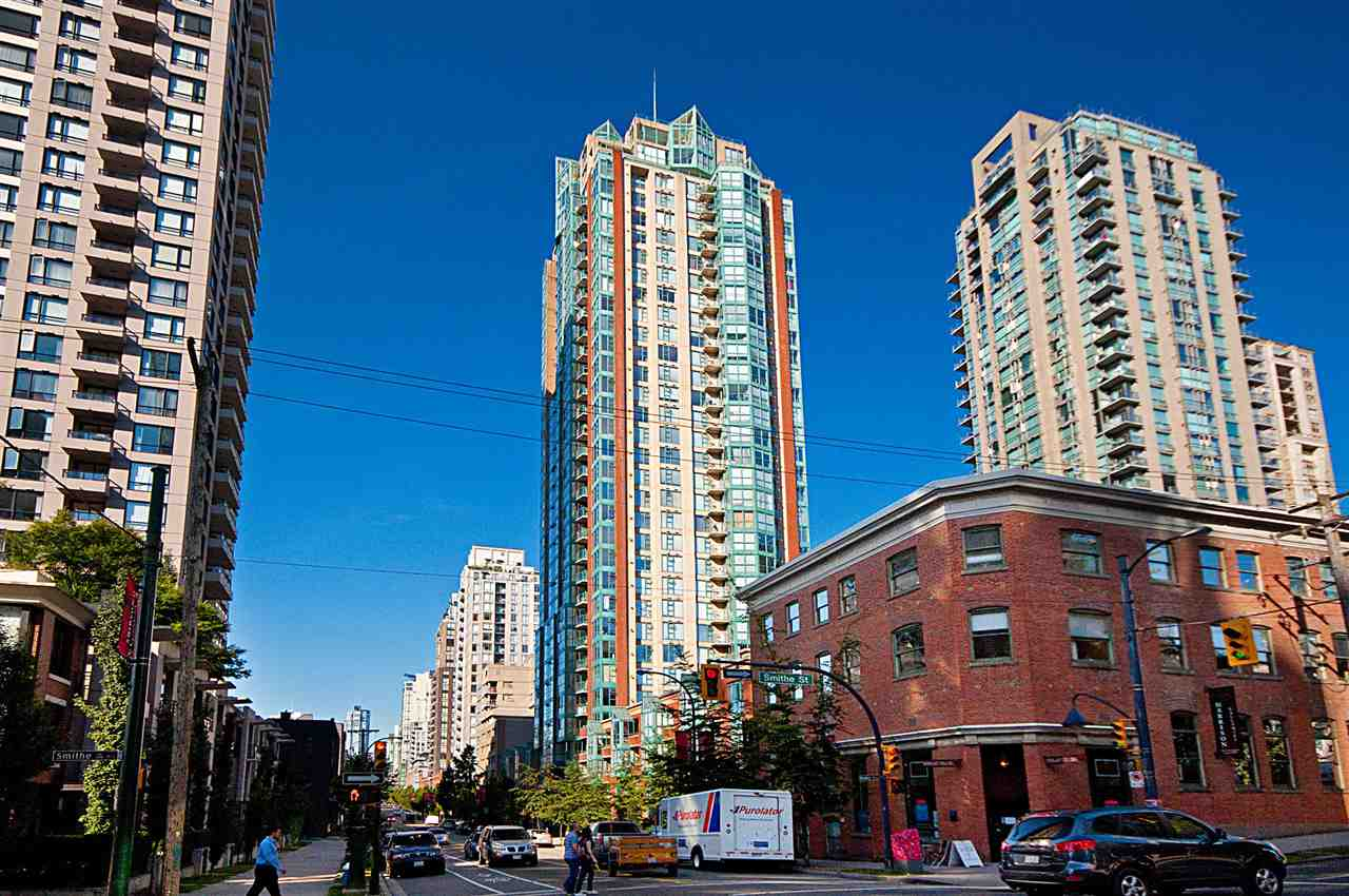 "Photo 20: 2001 939 HOMER Street in Vancouver: Yaletown Condo for sale in ""The Pinnacle"" (Vancouver West)  : MLS(r) # R2179079"