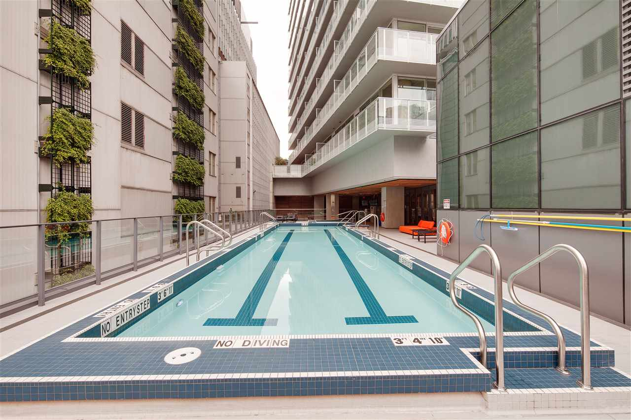 "Photo 17: 710 777 RICHARDS Street in Vancouver: Downtown VW Condo for sale in ""TELUS GARDEN"" (Vancouver West)  : MLS(r) # R2179488"