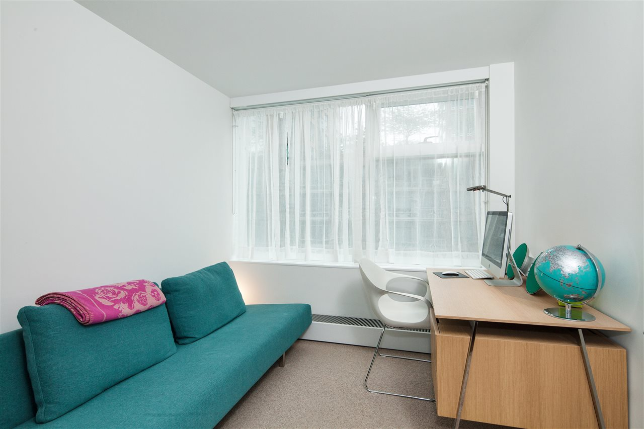 "Photo 9: 710 777 RICHARDS Street in Vancouver: Downtown VW Condo for sale in ""TELUS GARDEN"" (Vancouver West)  : MLS(r) # R2179488"