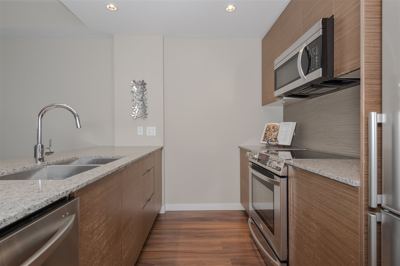 "Photo 8: 1631 EASTERN Avenue in North Vancouver: Central Lonsdale Townhouse for sale in ""Local on Lonsdale"" : MLS® # R2186606"
