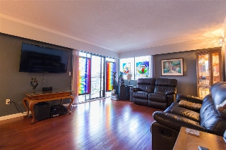 Main Photo: 201 119 AGNES Street in New Westminster: Downtown NW Condo for sale : MLS® # R2207304