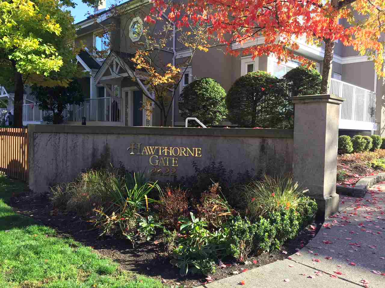 "Main Photo: 39 2422 HAWTHORNE Avenue in Port Coquitlam: Central Pt Coquitlam Townhouse for sale in ""HAWTHORNE GATE"" : MLS® # R2216795"