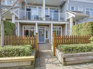 "Main Photo: 28 6300 LONDON Road in Richmond: Steveston South Townhouse for sale in ""MCKINNEY CROSSING"" : MLS®# R2258140"