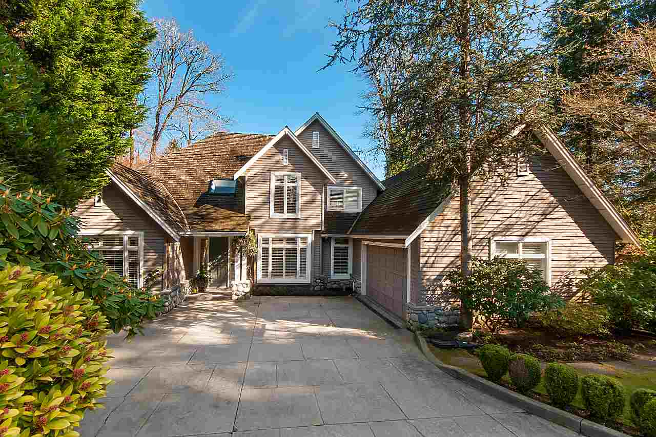 Main Photo: 2901 TOWER HILL Crescent in West Vancouver: Altamont House for sale : MLS®# R2269761