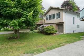 Main Photo: 2590 SPRINGHILL Street in Abbotsford: Abbotsford West House for sale : MLS®# R2269802