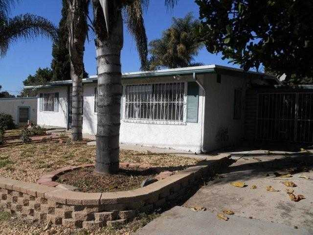 Main Photo: EAST SAN DIEGO House for sale : 4 bedrooms : 5344 Chollas in San Diego