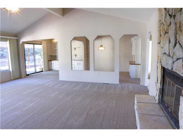 Photo 8: CARLSBAD WEST Residential for sale : 3 bedrooms : 5427 Kipling Ln in Carlsbad