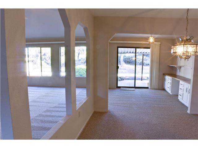 Photo 9: CARLSBAD WEST Residential for sale : 3 bedrooms : 5427 Kipling Ln in Carlsbad